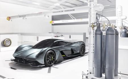 Aston Martin Red Bull 001, presentado oficialmente aunque revela poco