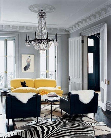 Detalles amarillos para dar luz a una estancia