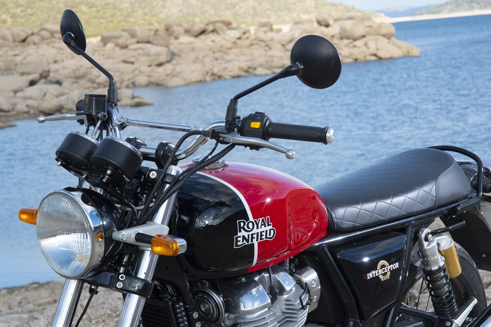 Foto de Royal Enfield Interceptor INT 650 2019, prueba (16/51)