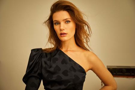 Dolores Promesas tiene en su colección Primavera-Verano 2020 los vestidos más ideales para marcar la diferencia de un look