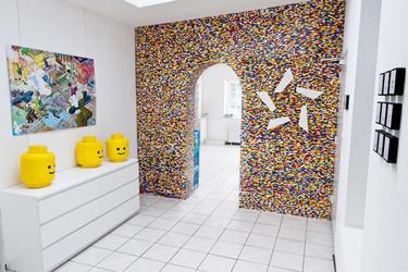 Separando espacios con un muro de Lego