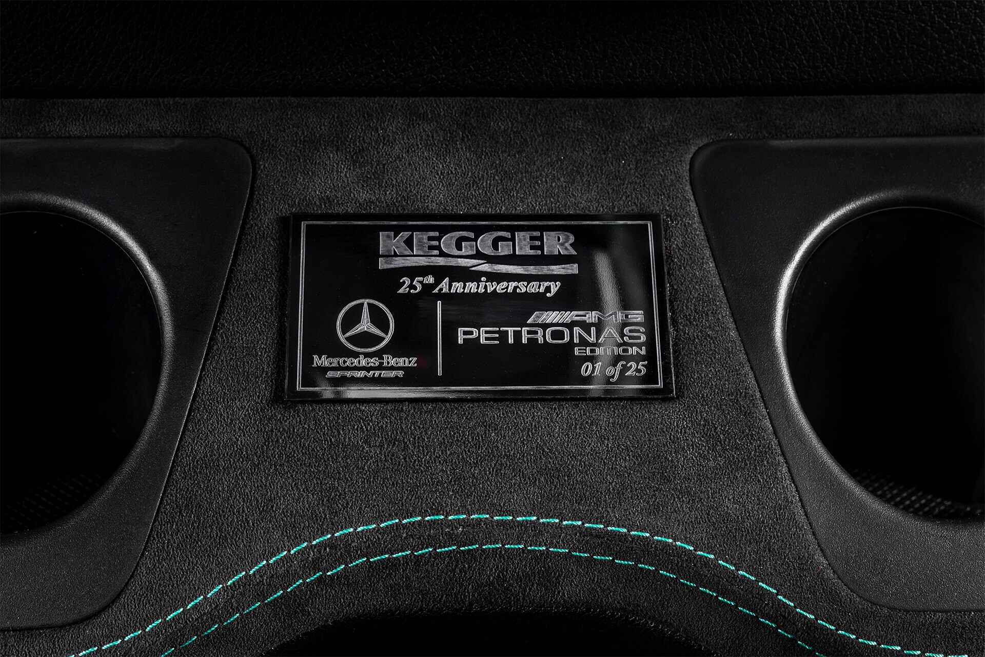 Foto de Mercedes Sprinter Petronas Edition (16/20)