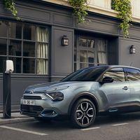 El nuevo Citroën C4 aterriza en España con una versión 100% eléctrica de 350 km de autonomía, desde 32.400 euros