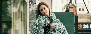 Gala González sabe cómo se combinan todas las prendas tendencia de la temporada y nos da los tips imprescindibles