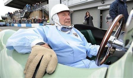 """Stirling Moss: """"si Mercedes sigue así, Lewis tiene una buena oportunidad"""""""