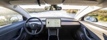 La nueva actualización de Tesla ahora permite ver Disney+ dentro de los autos y los prepara para su lavado