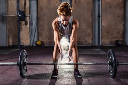 Una rutina HIIT sencilla: los 17 ejercicios que no te pueden faltar