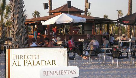 ¿En verano preferís llevar el tuper a la playa o coméis de chiringuito? La pregunta de la semana
