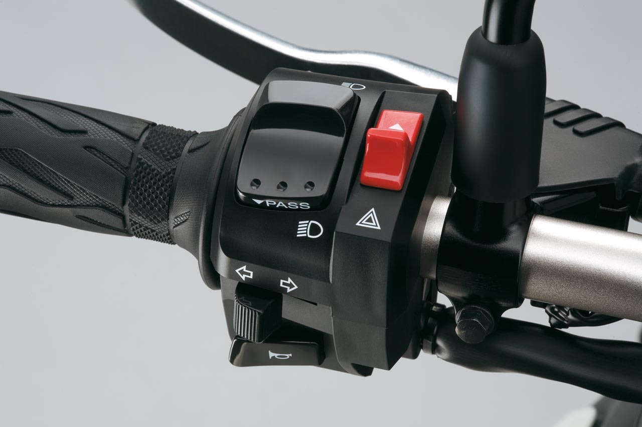Foto de Suzuki V-Strom 650 2012, fotos de detalles y estudio (29/50)