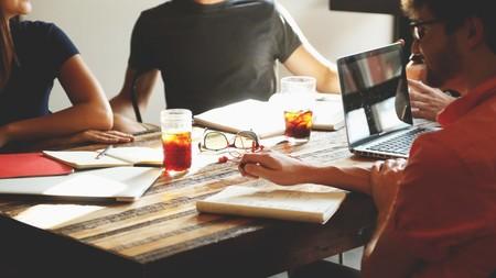 Los 14 mejores consejos y herramientas para dejar de perder el tiempo en reuniones