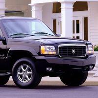 Cadillac está celebrando 20 años de la llegada de su SUV de lujo, el Escalade