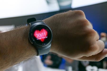 Samsung ha entendido, por fin, lo que tiene que hacer para que su reloj triunfe: abrirse