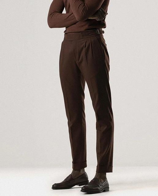 Pantalones de vestir de hombre slim liso en marrón
