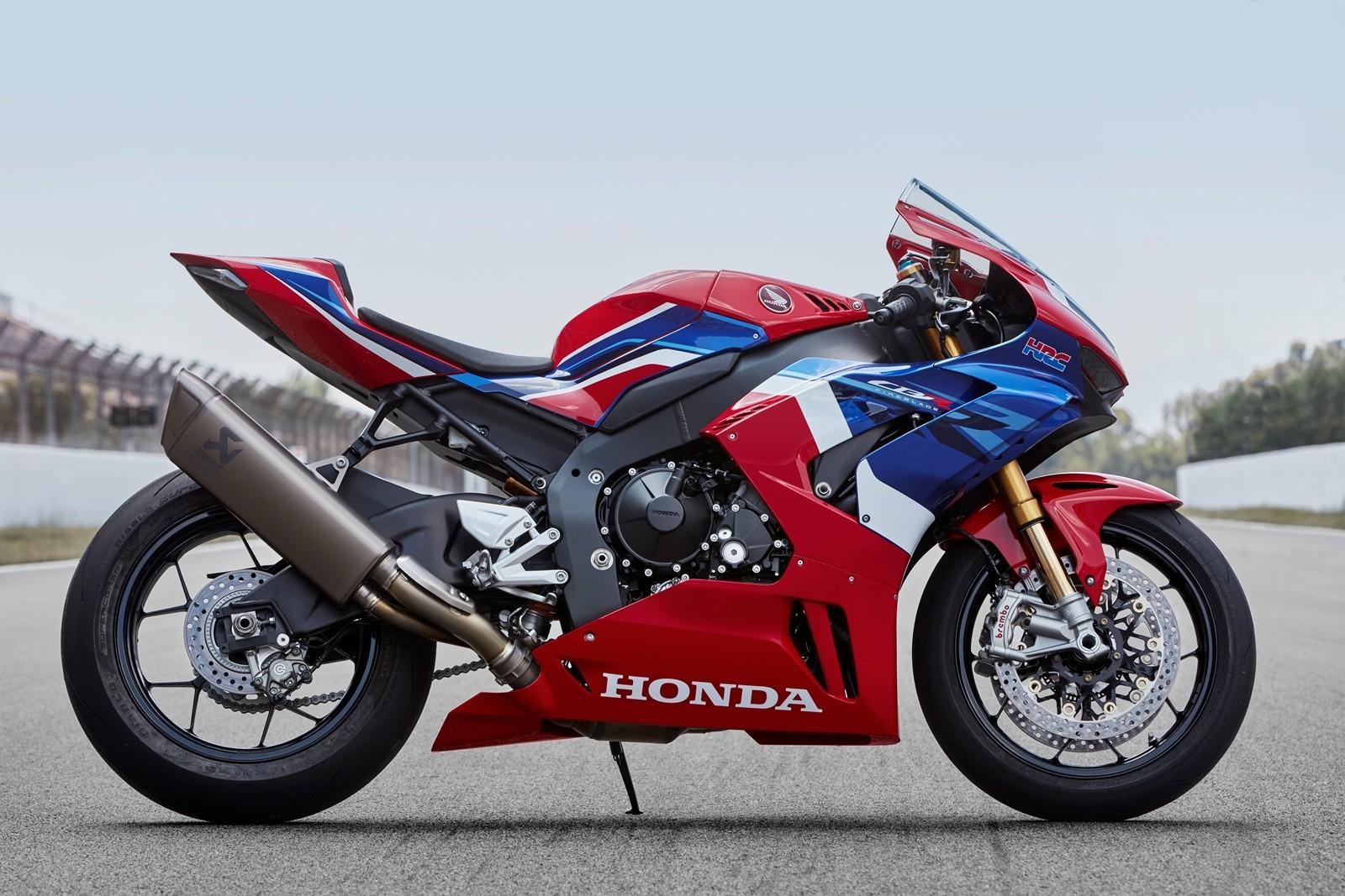 Foto de Honda CBR1000RR-R SP Fireblade 2020 (28/35)
