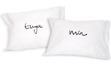 Tuya y mia, unas almohadas muy personales