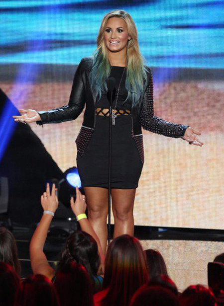 Demi Lovato mechas azules