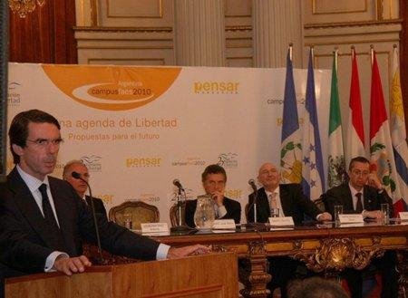 Pincelada nacional: la FAES presiona a Rajoy para aprobar la Ley Sinde, Sinde subvenciona a la FAES