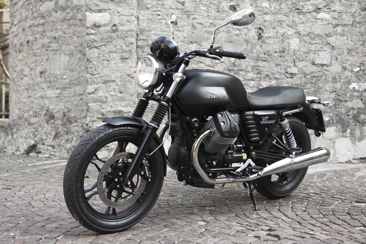 Foto de Moto Guzzi V7 Stone (18/57)