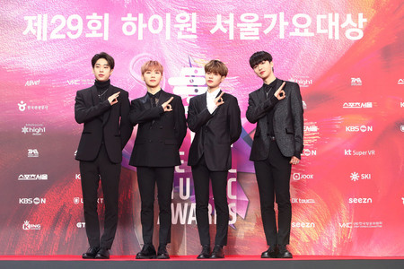 Ab6ix The 29th Seoul Music Awards Red Carpet