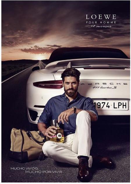 Para celebrar el 40 aniversario de Loewe Pour Homme, la firma nos invita a la experiencia de conducir un deportivo