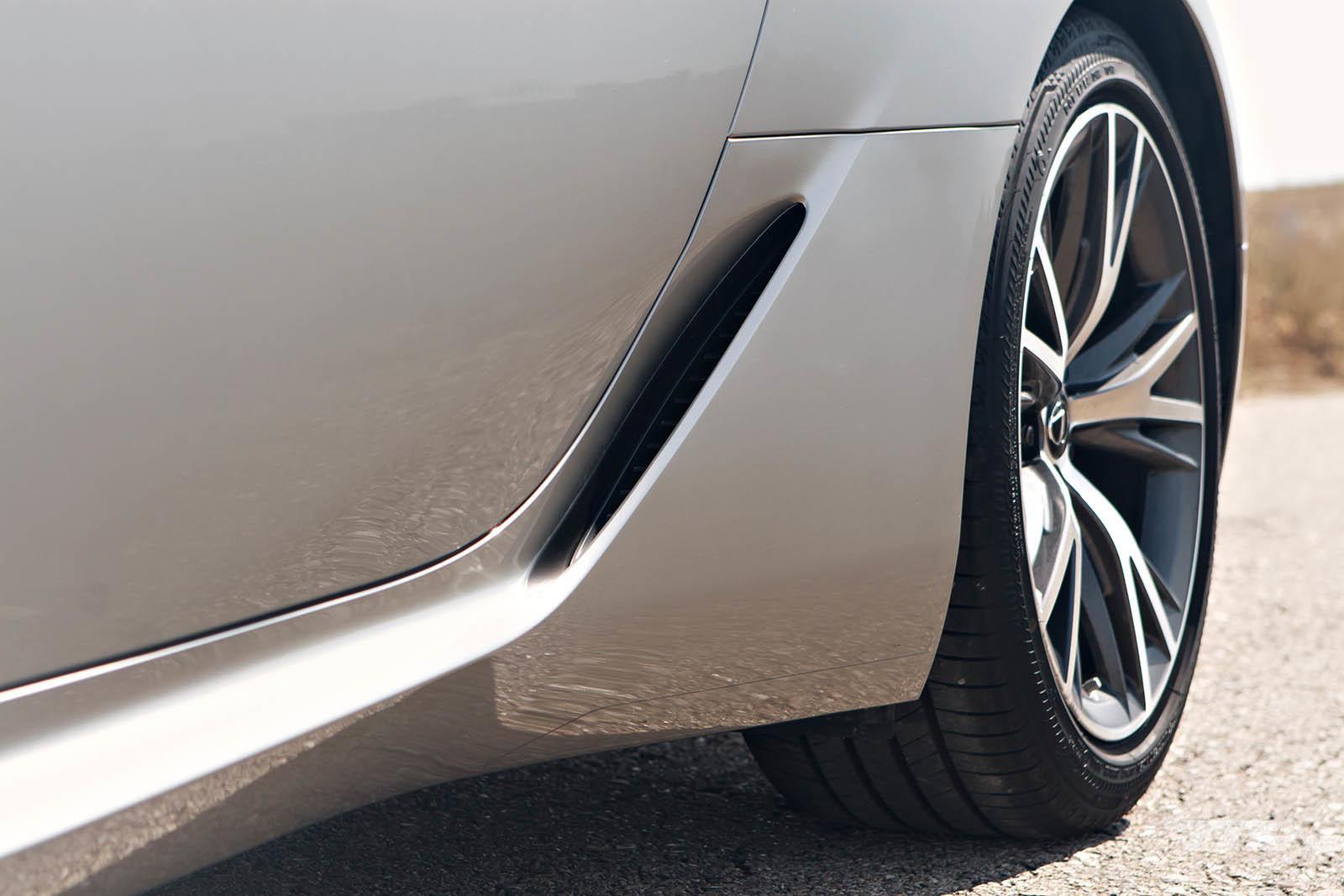 Foto de Lexus LC 500 (11/40)