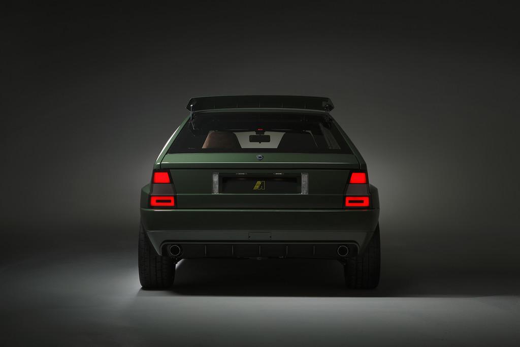 Lancia Delta Futurista trasera