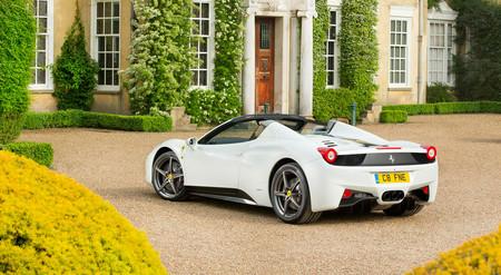 Cinco años y medio de cárcel para un ex directivo de FCA por desviar fondos para comprarse un Ferrari