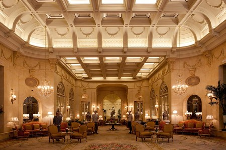 Polémica por la venta de mobiliario exclusivo e histórico del Ritz ¿Supone la pérdida de patrimonio histórico de Madrid?