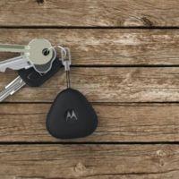 Motorola no quiere que perdamos las llaves ni el móvil, sin importar que éste sea iPhone