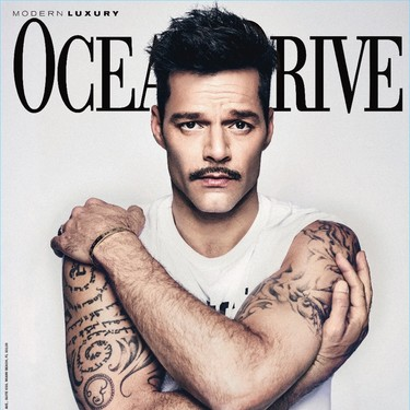 Ricky Martin (y su bigote) protagoniza la portada del número de octubre de la revista Ocean Drive