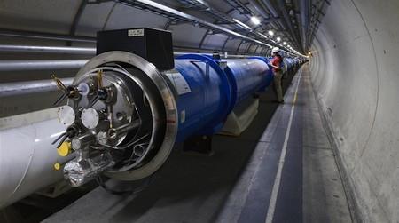 [Vídeo] El Gran Colisionador de Hadrones visto a través de las Google Glasses