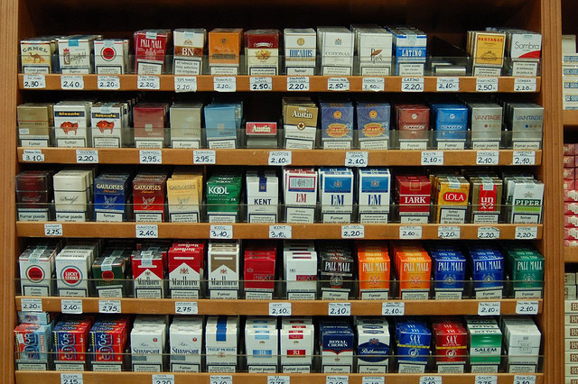Resultado de imagen para imagen de cajas de cigarros de estados unidos