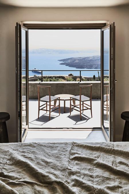 Arquitectura vernácula y llena de contrastes en estos alojamientos de las islas griegas