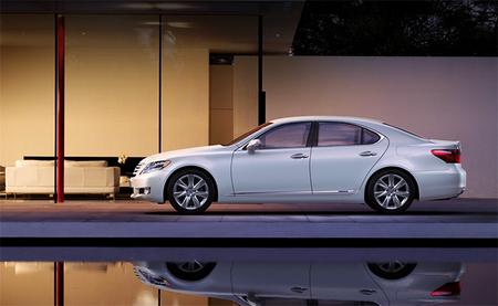 Rompiendo mitos de los híbridos: la potencia de los híbridos Toyota