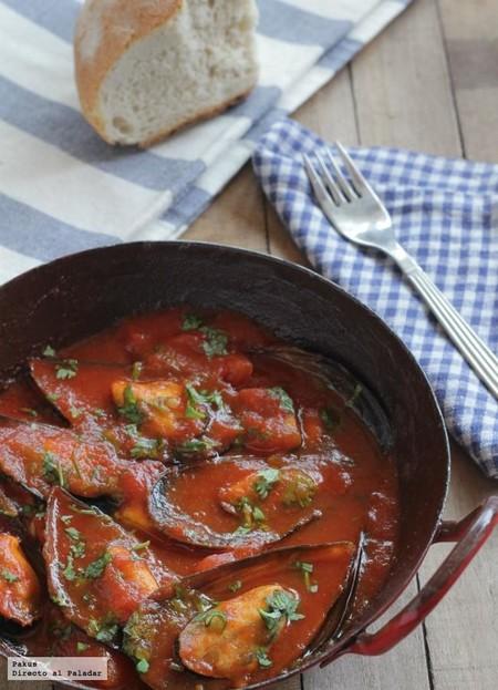 Mejillones en salsa picante de tomate