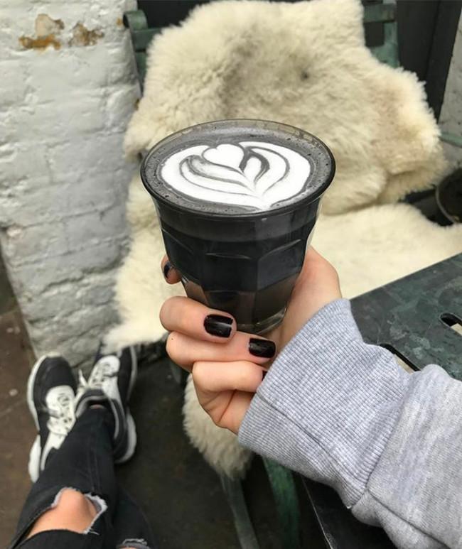 Cafe Negro Black