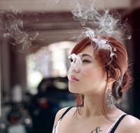 El coste real de fumar: adiós a tu piel y a tus dientes