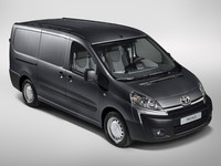 Toyota Proace, la prima de Citroën Jumpy y Peugeot Expert