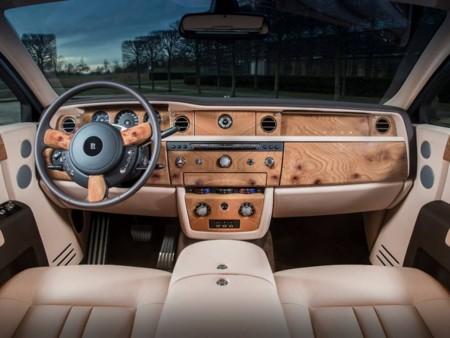 Rolls Royce Rosa 3