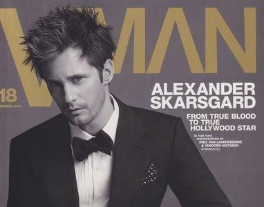 Alexander Skarsgard en la portada de VMAN