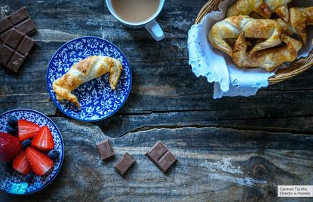 Vídeo receta de croissants con chocolate, la receta más fácil (apta para todos los públicos)