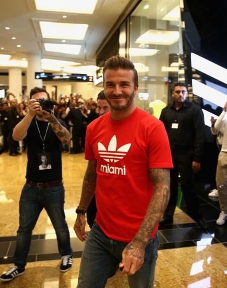 David Beckham muestra su lado más deportivo y relax en la apertura de Adidas en Dubai