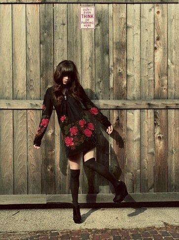 Rachel-Marie Jones flores