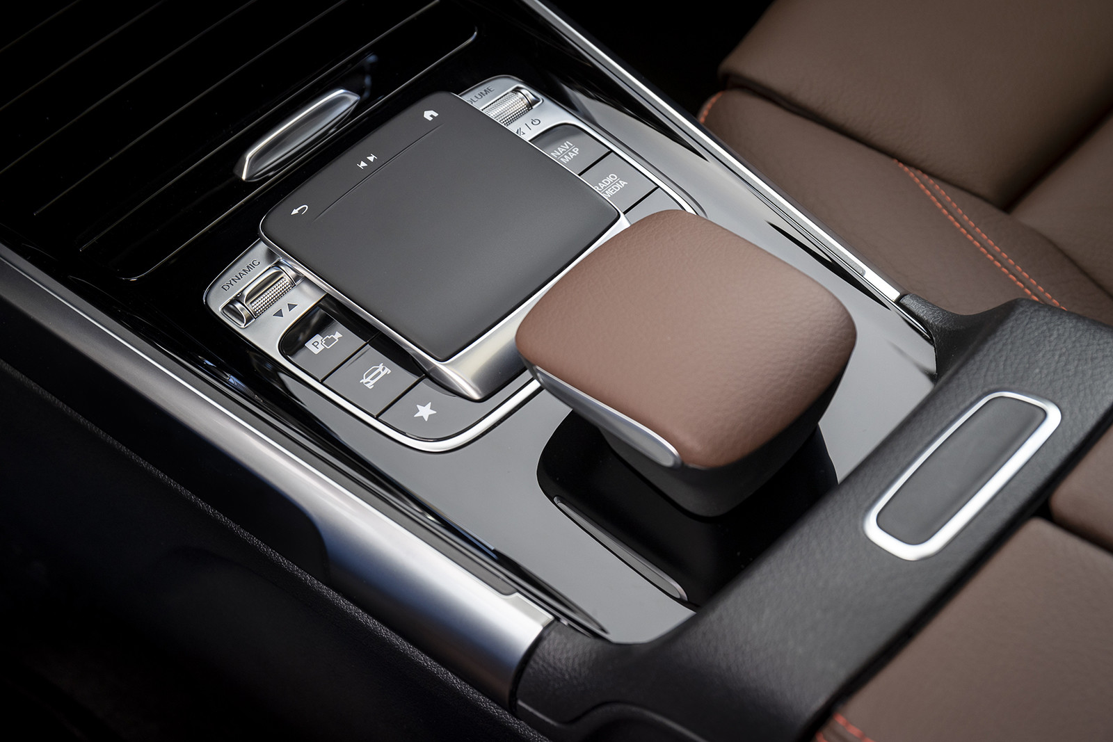 Foto de Mercedes-Benz GLB 250 4MATIC (lanzamiento) (31/39)
