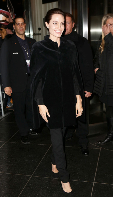 Angelina Jolie Negro Looks
