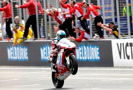 Superbikes Australia 2011: juego, set y partido para El Toro Checa