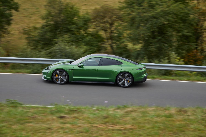 Foto de Porsche Taycan prueba contacto (176/275)