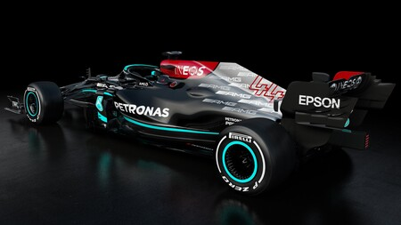 Mercedes F1 2021 4