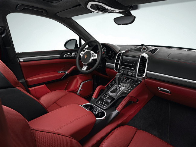 Porsche Cayenne Turbo S, vista interior