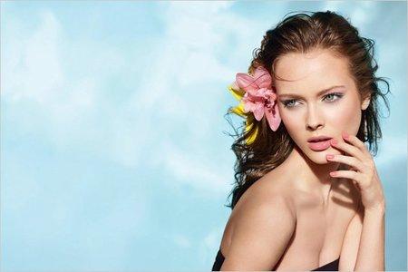 Las dos colecciones de Chanel para esta Primavera-Verano 2011: Les Perles y Fleurs d'etè